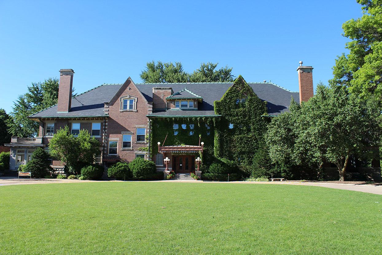 Bettendorf Rivermont Mansion