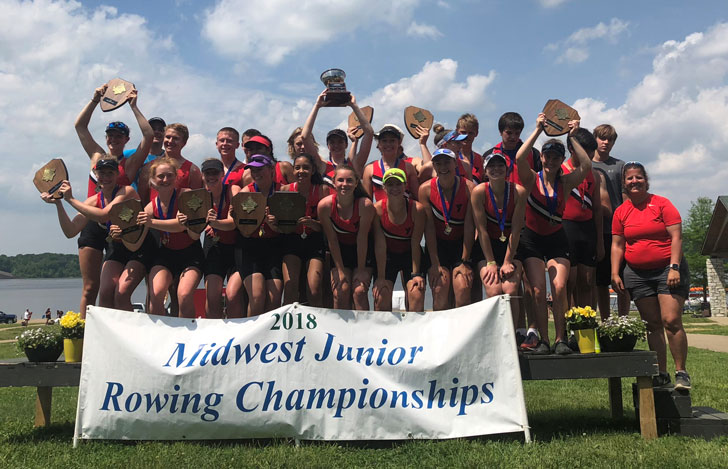 2018 miswest rowing champs group photo